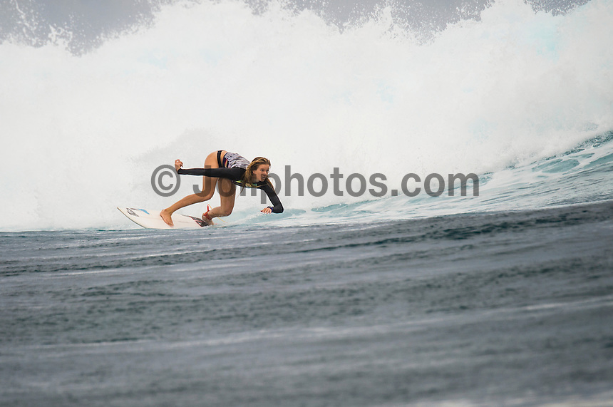 Namotu Island Resort, Namotu, Fiji. (Wednesday May 15, 2014) Bianca Buitendag (ZAF) at Cloudbreak –  The swell was in the 2'-3' range today with overcast skies light winds.  Photo: joliphotos.com