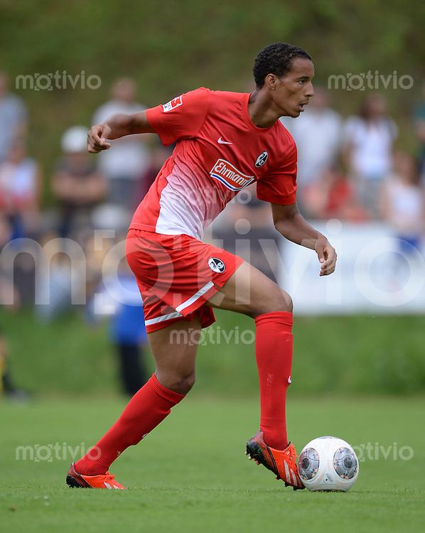 FUSSBALL  1. Bundesliga  Testspiel  2013/2014    SC Freiburg - FC Radolfszell      24.07.2013 Christopher Jullien (SC Freiburg) am Ball
