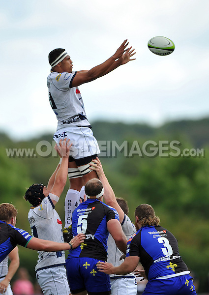 Ben Glynn looks to win the ball at a lineout. Pre-season friendly match, between Bristol Rugby and Newport Gwent Dragons on August 17, 2014 at the Cribbs Causeway Ground in Bristol, England. Photo by: Patrick Khachfe / JMP