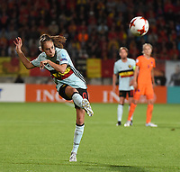 20170724 - TILBURG , NETHERLANDS : Belgian Tessa Wullaert scoring the Belgian goal  pictured during the female soccer game between Belgium and The Netherlands  , the thirth game in group A at the Women's Euro 2017 , European Championship in The Netherlands 2017 , Monday 24 th June 2017 at Stadion Koning Willem II  in Tilburg , The Netherlands PHOTO SPORTPIX.BE | DIRK VUYLSTEKE