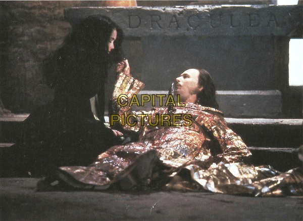Bram Stoker's Dracula (1992)<br /> Gary Oldman &amp; Winona Ryder<br /> *Filmstill - Editorial Use Only*<br /> CAP/KFS<br /> Image supplied by Capital Pictures