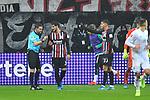 06.10.2019, Commerzbankarena, Frankfurt, GER, 1. FBL, Eintracht Frankfurt vs. SV Werder Bremen, <br /> <br /> DFL REGULATIONS PROHIBIT ANY USE OF PHOTOGRAPHS AS IMAGE SEQUENCES AND/OR QUASI-VIDEO.<br /> <br /> im Bild: Schiedsrichter Guido Winkmann diskutiert nach Videobeweis mit Goncalo Paciencia (Eintracht Frankfurt #39)<br /> <br /> Foto © nordphoto / Fabisch