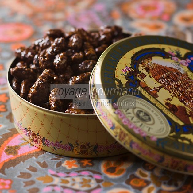 Europe/France/Centre/45/Loiret/Montargis: Pralines de Montargis de la Confiserie Mazet - Stylisme : Valérie LHOMME //  //  France, Loiret, Montargis ,  Montargis   Praslines