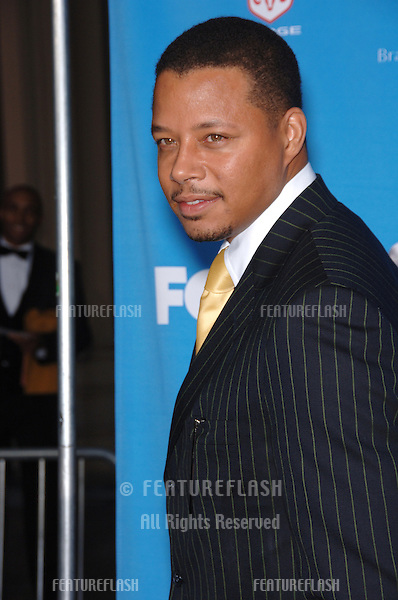 TERRENCE HOWARD at the 37th Annual NAACP Image Awards at the Shrine Auditorium, Los Angeles..February 25, 2006  Los Angeles, CA.© 2006 Paul Smith / Featureflash