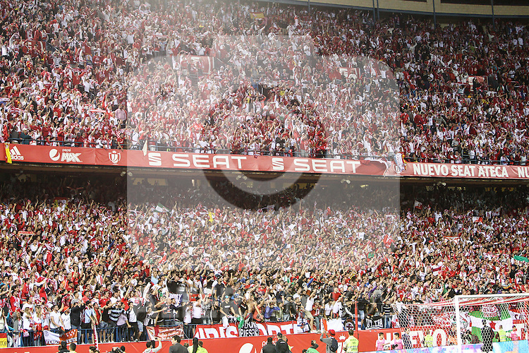 Sevilla CF's  fans during Spanish Kings Cup Final match. May 22,2016. (ALTERPHOTOS/Rodrigo Jimenez)