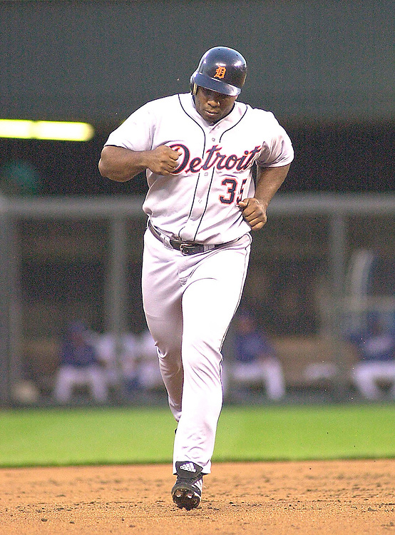 Tigers first baseman Randall Simon rounds the bases with a three run home run in the third inning against Royals at Kauffman Stadium in Kansas City, Missouri on April 23, 2002.  Detroit won 3-0.