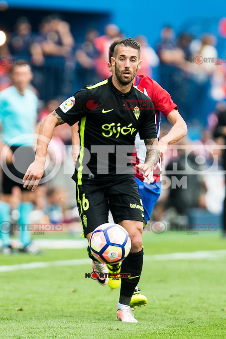 "Sporting de Gijon's Manuel ""Lillo"" Castellano during a match of La Liga Santander at Vicente Calderon Stadium in Madrid. September 17, Spain. 2016. (ALTERPHOTOS/BorjaB.Hojas) /NORTEPHOTO"