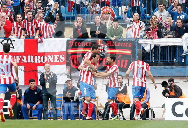 Madrid (14/04/2012).- Estadio Vicente Calderon.Liga BBVA.Atletico de Madrid-Espanyol.Dominguez, Godin, Diego...Photo: Alex Cid-Fuentes / ALFAQUI..
