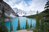 Moraine Lake , Banff National Park