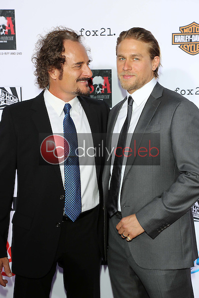 Kim Coates, Charlie Hunnam<br />