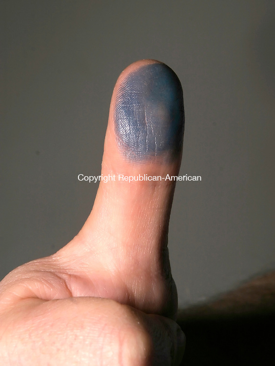 WATERBURY, CT--05 APRIL 2007--040507JS19-Thumb for illustration.<br /> Jim Shannon / Republican-American