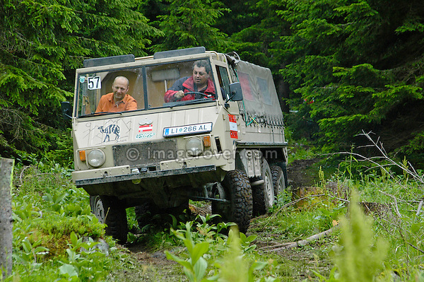 Austria, Boesenstein Offroad Classic, Hohentauern, Steiermark, 25-26.06.2005. Pinzgauer 6x6. --- No releases available. Automotive trademarks are the property of the trademark holder, authorization may be needed for some uses.