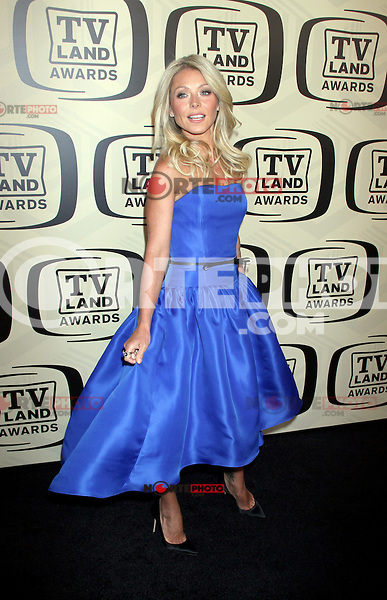 April 14, 2012 Kelly Ripa attends the 10th Anniversary of TV Land Awards  at the Lexington Avenue Armory in New York City..Credit:RWMediapunchinc.com