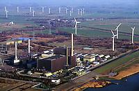 Deutschland, Schleswig- Holstein, Atomkraftwerk Brunsbuettel, Strom, Kraftwerk, AKW, Windkraft