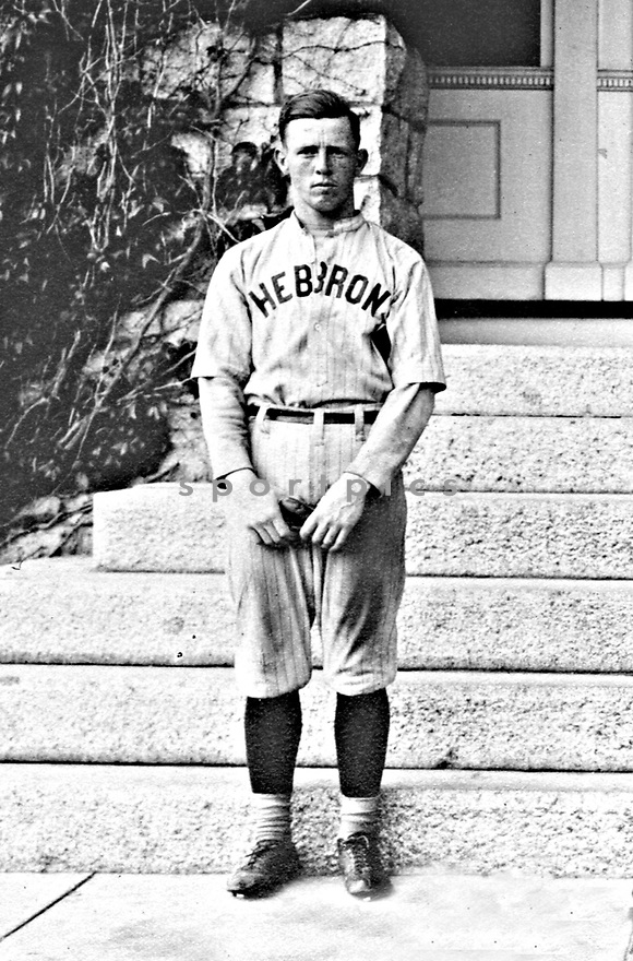 vintage photo, vintage sports photo, vintage, vintage, vintage sports, vintage sports photo, old sports photography, old sports photo, vintage photo, vintage photograph, old photograph, old sports photograph, vintage sports photograph, archival, archival sports photo, archival sports photography