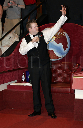 2 May 2005: English player Shaun Murphy waves to the crowd after victory against Stevens in the Final of the Embassy World  Snooker Championships held at the Crucible Theater, Sheffield. Murphy who was a 150-1 outsider at the start of the tournament became the first qualifier to win the world title since 1979 by beating Stevens 18-16 in the final. Photo: Neil Tingle/Action Plus..050502