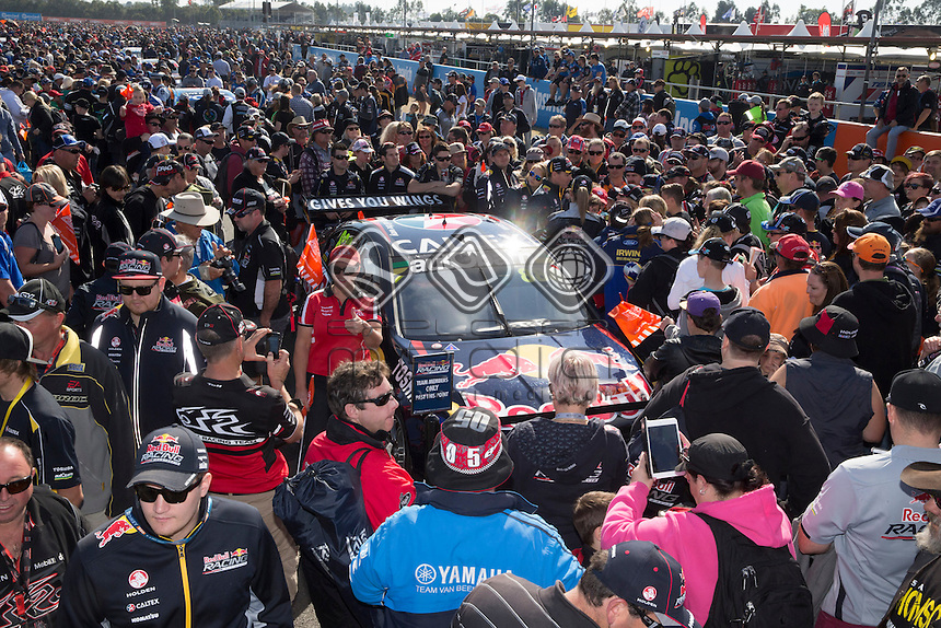 Race fans get a close look at the V8 Supercars at the Coats Hire Ipswich 400, Event 08 of the 2014 Australian V8 Supercars Championship Series at Queensland Raceway, Ipswich, August 03, 2014.© Sport the library / Edge Photographics