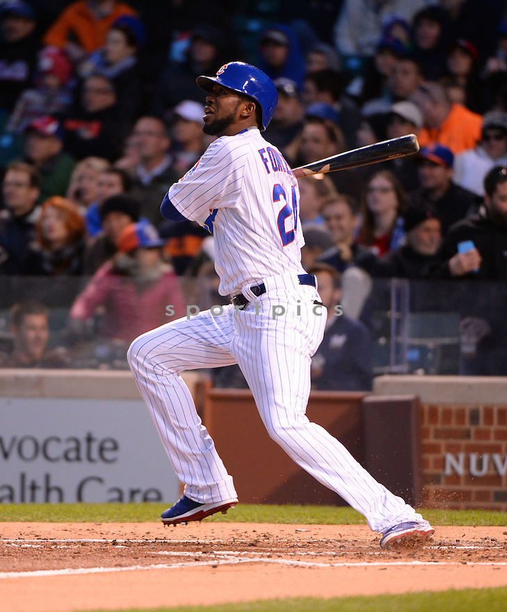 Chicago Cubs Dexter Fowler (24) during a game against the New York Mets on May 13, 2015 at Wrigley Field in Chicago, IL. The Cubs beat the Mets 2-1.