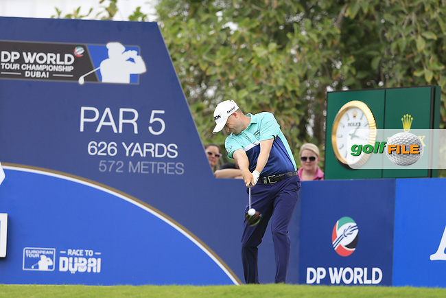 Russell Knox (SCO) on the 14th tee during the 3rd round of the DP World Tour Championship, Jumeirah Golf Estates, Dubai, United Arab Emirates. 17/11/2018<br /> Picture: Golffile | Fran Caffrey<br /> <br /> <br /> All photo usage must carry mandatory copyright credit (&copy; Golffile | Fran Caffrey)