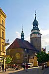Ulica Marii Konopnickiej - widok w stronę kaplicy św. Anny, Jelenia Góra, Polska<br /> Maria Konopnicka Street, Jelenia Góra, Poland