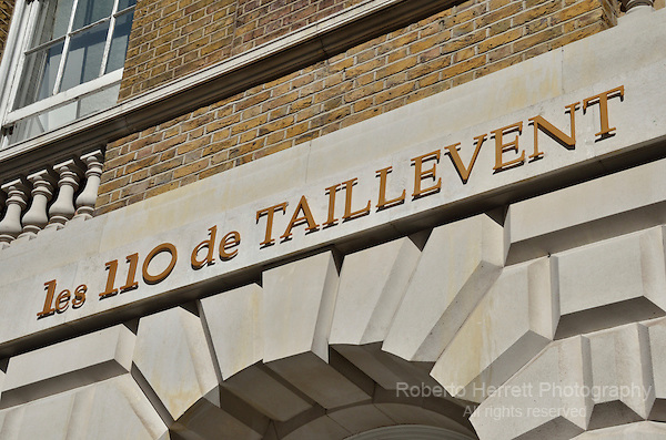 Les 110 de Taillevent  French brasserie restaurant in Cavedish Square, London, UK.