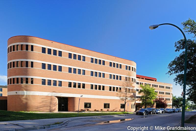 Drake Centre - University of Manitoba<br /> Winnipeg<br /> Manitoba<br /> Canada