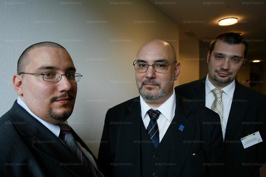 Les Roms European Summit Bruxelles..Nigel Dickinson..0612133170..nigeldickinson@mac.com