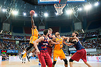 Herbalife Gran Canaria's player Royce O'Neale and Eulis Baez and FC Barcelona Lassa player Pau Ribas, Justin Doellman and Ante Tomic during the final of Supercopa of Liga Endesa Madrid. September 24, Spain. 2016. (ALTERPHOTOS/BorjaB.Hojas) NORTEPHOTO.COM