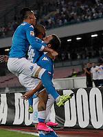 Esultanza Gonzalo Higuain  durante l'incontro di calcio di Serie A   Napoli -Sampdoria allo  Stadio San Paolo  di Napoli , 30 Agosto 2015