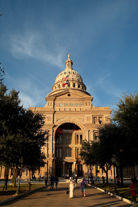 "The Texas State Capitol was ranked ninety-second in the ""America's Favorite Architecture"" poll commissioned by the American Institute of Architects, that ranked the top hundred-and-fifty favorite architectural projects in America as of 2007. In a 2008 poll by the AIA, it was also ranked the number-one state capitol."