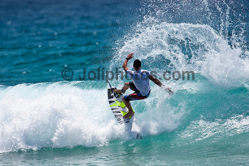 JOEL PARKINSON (AUS)  surfing at Snapper Rocks, Coolangatta , Queensland, Australia.  Photo: joliphotos.com
