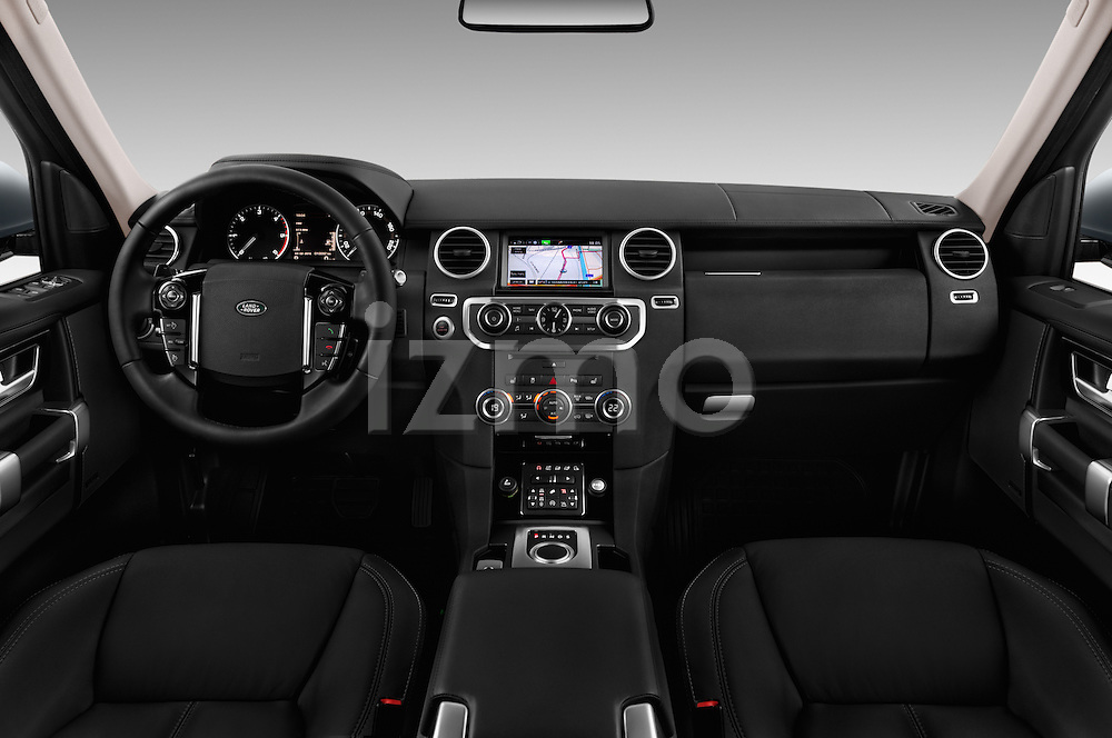 Stock photo of straight dashboard view of 2016 Land Rover Discovery HSE 5 Door Suv Dashboard