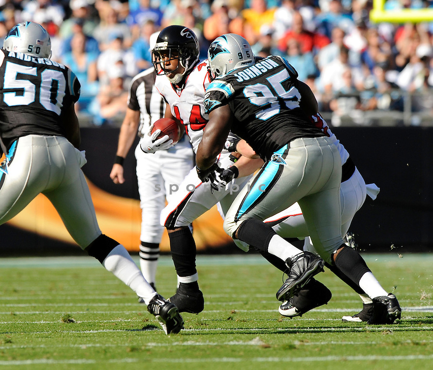 JASON SNELLING, of the Atlanta Falcons, in action during the Falcons game against the Carolina Panthers on November 15, 2009 in Charlotte, NC. Panthers won 28-19.