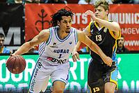 GRONINGEN - Basketbal, Donar - Den Helder Suns, Dutch Basketbal League, seizoen 2018-2019, 20-04-2019, Donar speler Sean Cunningham met Den Helder speler Boyd van der Vuurst de Vries