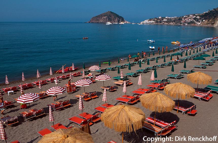 Italien, Ischia, Sant'Angelo und Spiaggiadei Maronti