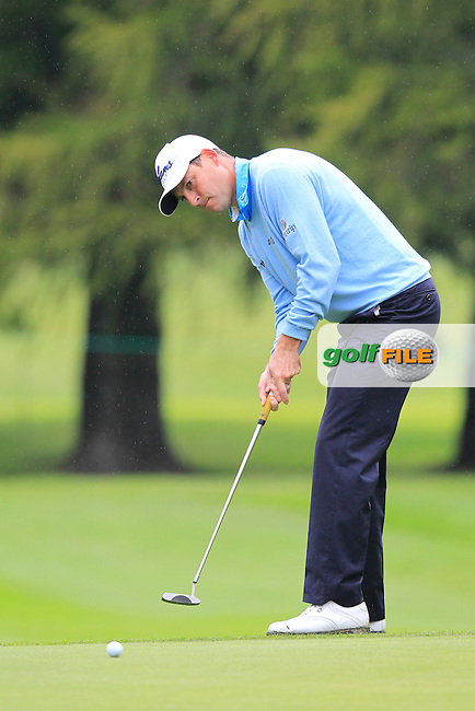 David HOWELL (ENG) putts on the 16th green during Friday's Round 2 of the 2014 Omega European Masters held at the Crans Montana Golf Club, Crans-sur-Sierre, Switzerland.: Picture Eoin Clarke, www.golffile.ie: 5th September 2014