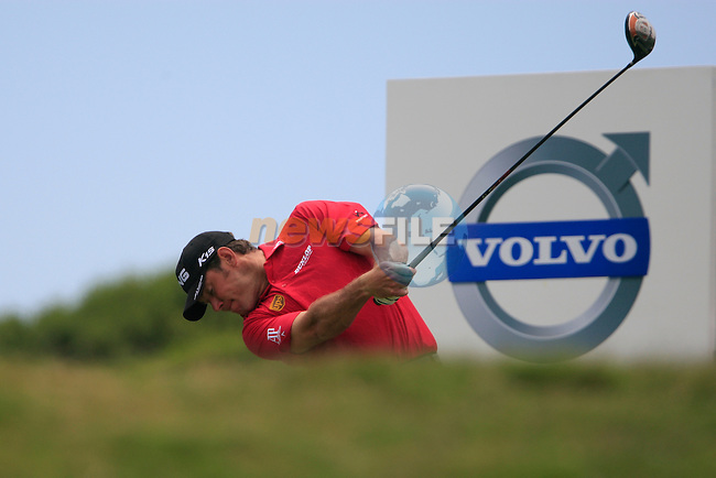 Lee Westwood (ENG) tees off on the 5th tee during the afternoon session on Day 2 of the Volvo World Match Play Championship in Finca Cortesin, Casares, Spain, 20th May 2011. (Photo Eoin Clarke/Golffile 2011)