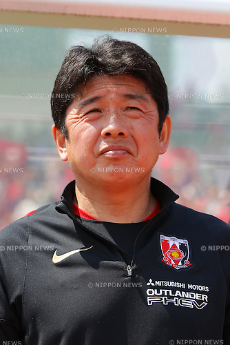 Yasushi Yoshida (Reds Ladies), April 30, 2016 - Football / Soccer : Head Coach Yasushi Yoshida of Urawa Reds Ladies looks on prior to the Nadeshiko League match between Urawa Reds Ladies and INAC Kobe Leonessa at Urawa Komaba Stadium in Saitama, Japan (Photo by AFLO)