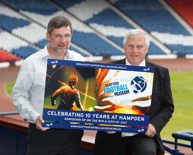 Leeds Utd and Scotland legend Peter Lorimer at tHampden with Craig Levein