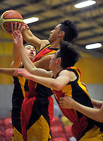 Action from the 2016 Zone 3 AA Secondary Schools basketball premierships boys match between Taradale High School and Hawera High School at Arena Manawatu in Palmerston North, New Zealand on Friday, 2 September 2016. Photo: Dave Lintott / lintottphoto.co.nz