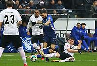 Ante Rebic (Eintracht Frankfurt) gegen Guido Burgstaller (FC Schalke 04) - 16.12.2017: Eintracht Frankfurt vs. FC Schalke 04, Commerzbank Arena, 17. Spieltag Bundesliga
