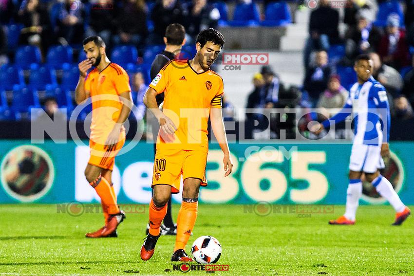 "Valencia's Daniel Parejo during the match of ""Copa del Rey"" between CD Leganes and Valencia CF at Butarque Stadium in Leganes, Spain. November 29, 2016. (ALTERPHOTOS/Rodrigo Jimenez) /NORTEPHOTO.COM"