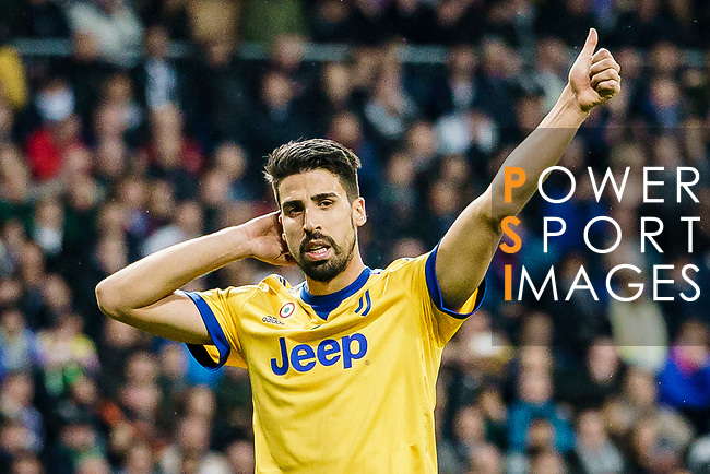 Sami Khedira of Juventus gestures during the UEFA Champions League 2017-18 quarter-finals (2nd leg) match between Real Madrid and Juventus at Estadio Santiago Bernabeu on 11 April 2018 in Madrid, Spain. Photo by Diego Souto / Power Sport Images