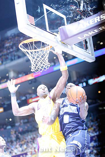 Los Angeles - Utah Jazz vs. Los Angeles Lakers basketball, game two NBA playoffs, Tuesday April 21, 2009 at the Staples Center..Utah Jazz guard Ronnie Brewer (9) Los Angeles Lakers forward Lamar Odom (7)