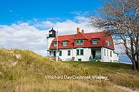 64795-00912 Point Betsie Lighthouse on Lake Michigan, Benzie County, Frankfort, MI