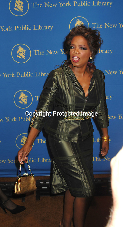 Oprah Winfrey..arriving at The New York Public Library Annual Library Lions Gala on November 13, 2006 honoring Oprah Winfrey,..Gao Xingjian, Orhan Pamuk, Dr James D Watson and ..Mr Elie Wiesel. ..Photo by Robin Platzer, Twin Images