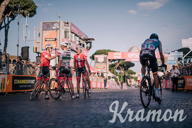 teammates Markel Irizar (ESP/Trek-Segafredo), Mads Pedersen (DEN/Trek Segafredo) & Ryan Mullen (IRL/Trek-Segafredo) congratulating each other over the finish line for finishing the Giro<br /> <br /> stage 21: Roma - Roma (115km)<br /> 101th Giro d'Italia 2018