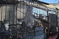 SANTA BARBARA D' OESTE, SP, 11.07.2019: INCÊNDIO-SP - Um incêndio destruiu um brechó no Jardim Europa na cidade de Santa Barbara d' Oeste, interior de São Paulo, na madrugada desta quinta-feira (11). Nao houve vítimas e a perícia é aguardada no local. (Foto: Luciano Claudino/Código19)