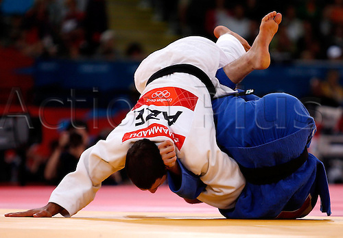 31.07.2012. London England. Judo Olympic Summer Games in London 2012 Mens 81 kg Picture shows Antoine  Fortier CAN and Elnur Mammadli Aze