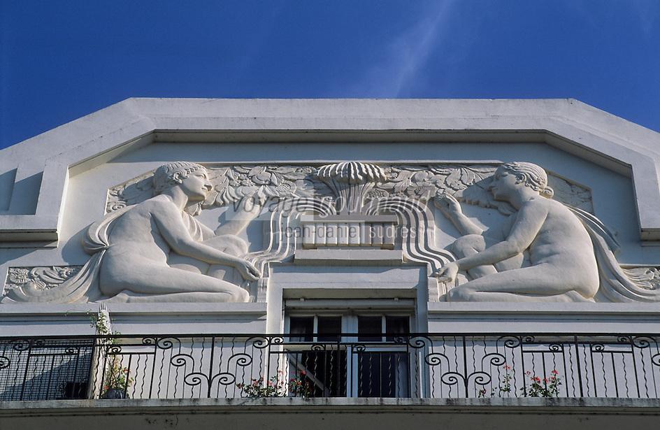 Europe/France/Aquitaine/64/Pyrénées-Atlantiques/Pau: Boulevard des Pyrénées - Détail de la façade d'un immeuble